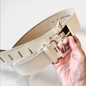 Vintage White LF 1990s Leather Belt sm up to 32""